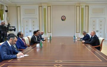 President Ilham Aliyev receives UAE Economy Minister