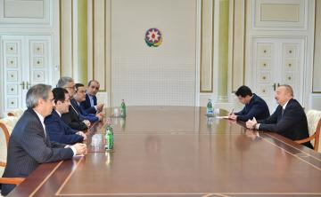 President Ilham Aliyev receives delegation led by head of Iran's Culture and Islamic Communications organization