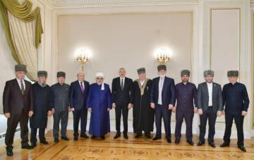 Azerbaijani President receives a group of Muslim clergy from Russia's North Caucasus republics