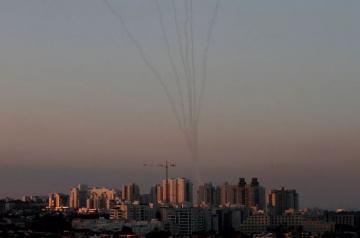 İsrail ordusu Qəzza zolağından atılan iki raketi zərəsizləşdirib
