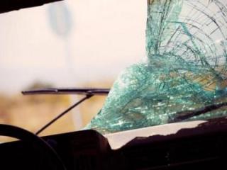 Bakıda 2 avtomobil toqquşub, 2 qadın ağır yaralanıb