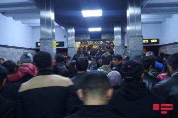 Bakı metrosunda sərnişin sıxlığı müşahidə edilib