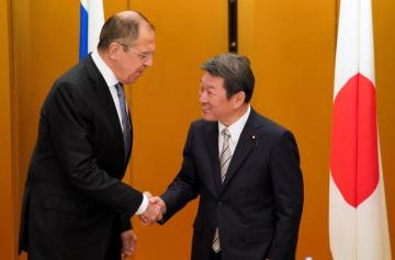 Japan foreign minister to visit Russia to discuss formal WWII treaty