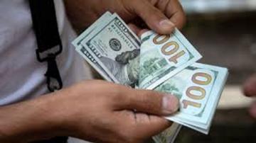 Пресечен незаконный вывоз из Азербайджана крупной суммы иностранной валюты