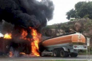 Tanker truck carrying fuel rolls over, catches fire in Azerbaijan