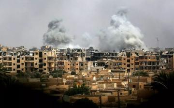 Неизвестные военные самолеты нанесли удар в районе сирийского эль-Баба