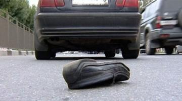 В Гаджигабуле водитель сбил 2 пешеходов и скрылся с места ДТП