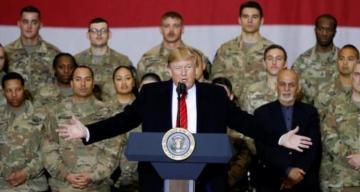 СМИ: у Трампа отобрали телефон на время поездки в Афганистан