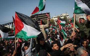 Palestinians protest against Israel over hospitalized detainee