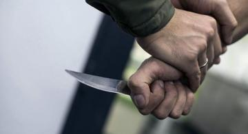 Жителя Мингячевира ранили ножом при загадочных обстоятельствах