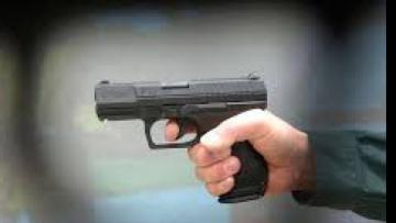 В Баварии двое неизвестных открыли стрельбу возле рынка