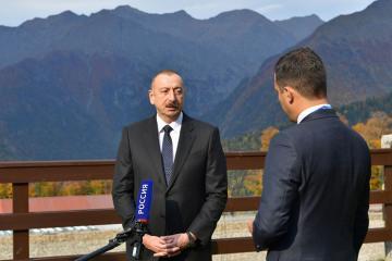 Prezident İlham Əliyev Rusiya televiziya kanallarının suallarını cavablandırıb