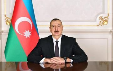 Президент Ильхам Алиев поздравил гроссмейстера Теймура Раджабова
