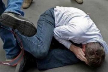 Знакомые избили и ограбили пьяного жителя Баку