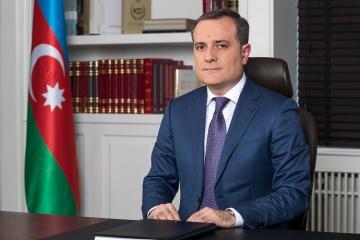 Azerbaijani Minister of Education congratulates teachers