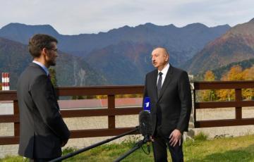 """Prezident İlham Əliyev: """"Beynəlxalq hüquq dünyadakı vəziyyətin əsas amili olmalıdır"""""""