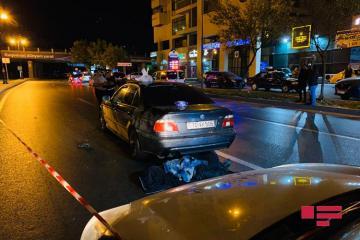 """Bakının Yasamal rayonunda """"BMW"""" piyadanı vuraraq öldürüb - [color=red]FOTO[/color]"""