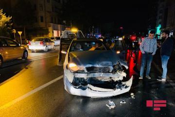 Bakıda yol qəzası zamanı üç avtomobil toqquşub - [color=red]FOTO[/color]