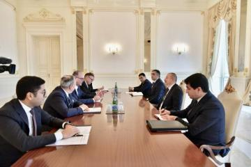 Президент Ильхам Алиев принял министра транспорта, инноваций и технологий Австрии