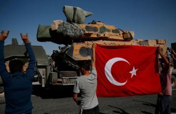Франция приостановит поставки оружия в Турцию