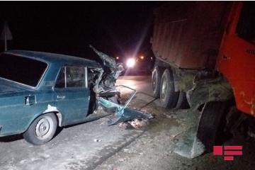Повозка с лошадью спровоцировала ДТП в Сабирабаде: есть раненые-[color=red]ФОТО[/color]