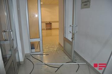 Группа лиц устроила погром и избила врачей в больнице Ширвана - [color=red]ФОТО[/color]