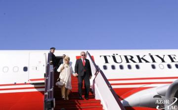 Turkish President arrives in Azerbaijan