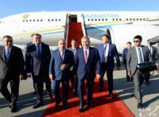 First President of Kazakhstan Nursultan Nazarbayev arrives in Azerbaijan