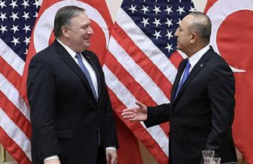 Turkish, US top diplomats speak over phone