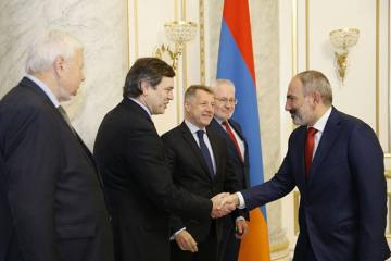 Co-chairs meet with Armenian PM and FM in Yerevan