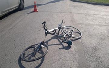 В Гяндже велосипедист тяжело пострадал, упав в яму