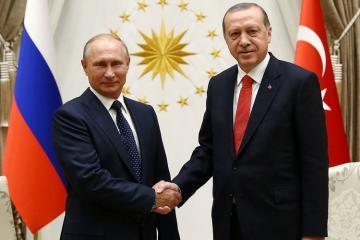 Suriyanın müzakirə edildiyi telefon danışığı zamanı Putin Ərdoğanı Moskvaya səfərə dəvət edib