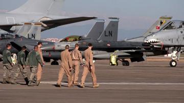Турция не планирует закрывать для США авиабазу Инджирлик
