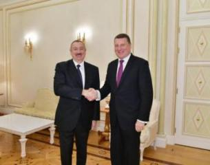 Prezident İlham Əliyev Latviyanın sabiq Prezidenti ilə görüşüb - [color=red]YENİLƏNİB[/color]