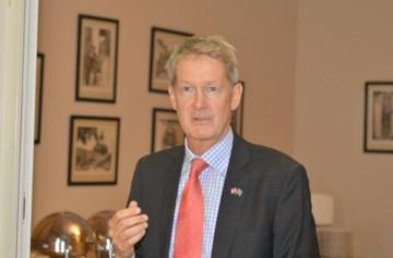 Посол: Британия поддерживает независимость и территориальную целостность Азербайджана