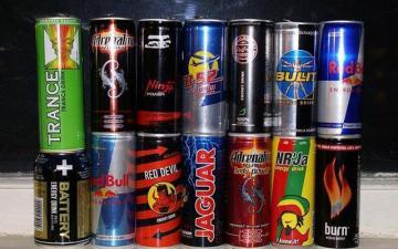 AQTA: Məktəb və uşaq bağçalarının yaxınlığında enerji içkilərinin satışına icazə verilməyəcək