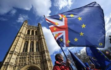Кабмин Британии снова внесет договор по Brexit в парламент