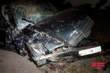 На трассе Баку-Газах Mercesdes врезался в КамАЗ: пострадала семья - [color=red]ФОТО[/color]