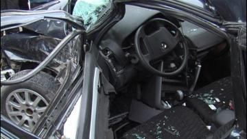 В Губе столкнулись ВАЗ и Mercedes, оба водителя госпитализированы