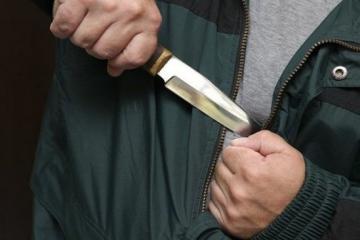 Житель Гянджи нанес себе несколько ударов ножом