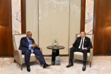 Президент Ильхам Алиев встретился с президентом Джибути