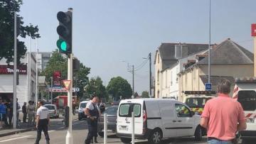 Пожилой мужчина открыл стрельбу в мечети во Франции