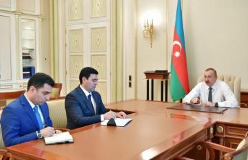 Prezident İlham Əliyev Yevlax və Xaçmazın yeni İH başçılarını qəbul edib