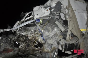 Sabirabadda yol qəzasında bir nəfər ölüb, bir nəfər yaralanıb