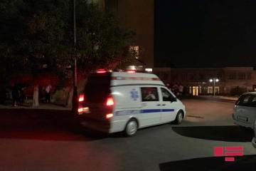В Баку девочка выпала с четвертого этажа