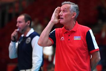 Azerbaijani national team breaks up with head coach