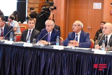 Прошел «круглый стол» на тему «Недопустимость внешнего вмешательства в политические процессы в Азербайджане»