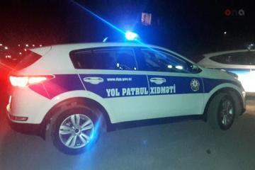 В Мингячевире автомобиль сбил женщину