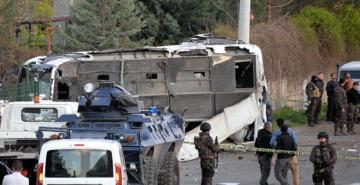 Четыре человека погибли во время теракта в Турции