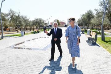 Birinci vitse-prezident Mehriban Əliyeva Bakıda yeni yaradılan istirahət parkı ilə tanış olub